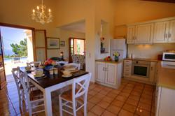Villa Bernice dining room