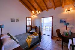 Dolicha Villa main bedroom