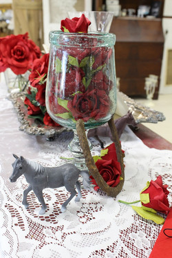 red roses horses and horseshoes