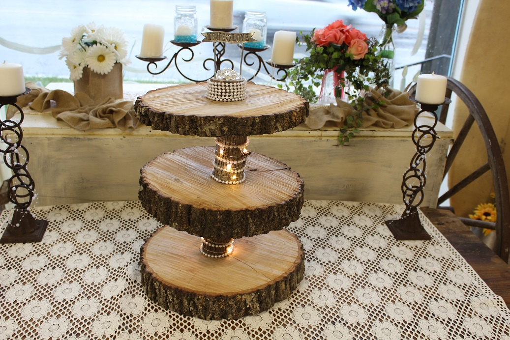 Wood cake stand w lights1