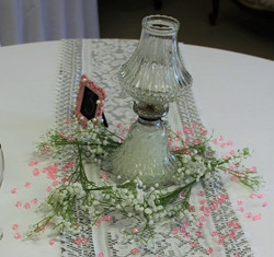 Lantern with babysbreath and beads