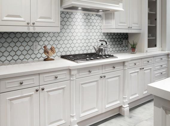 POM Pure White Scallop Mosaic KitchenBac