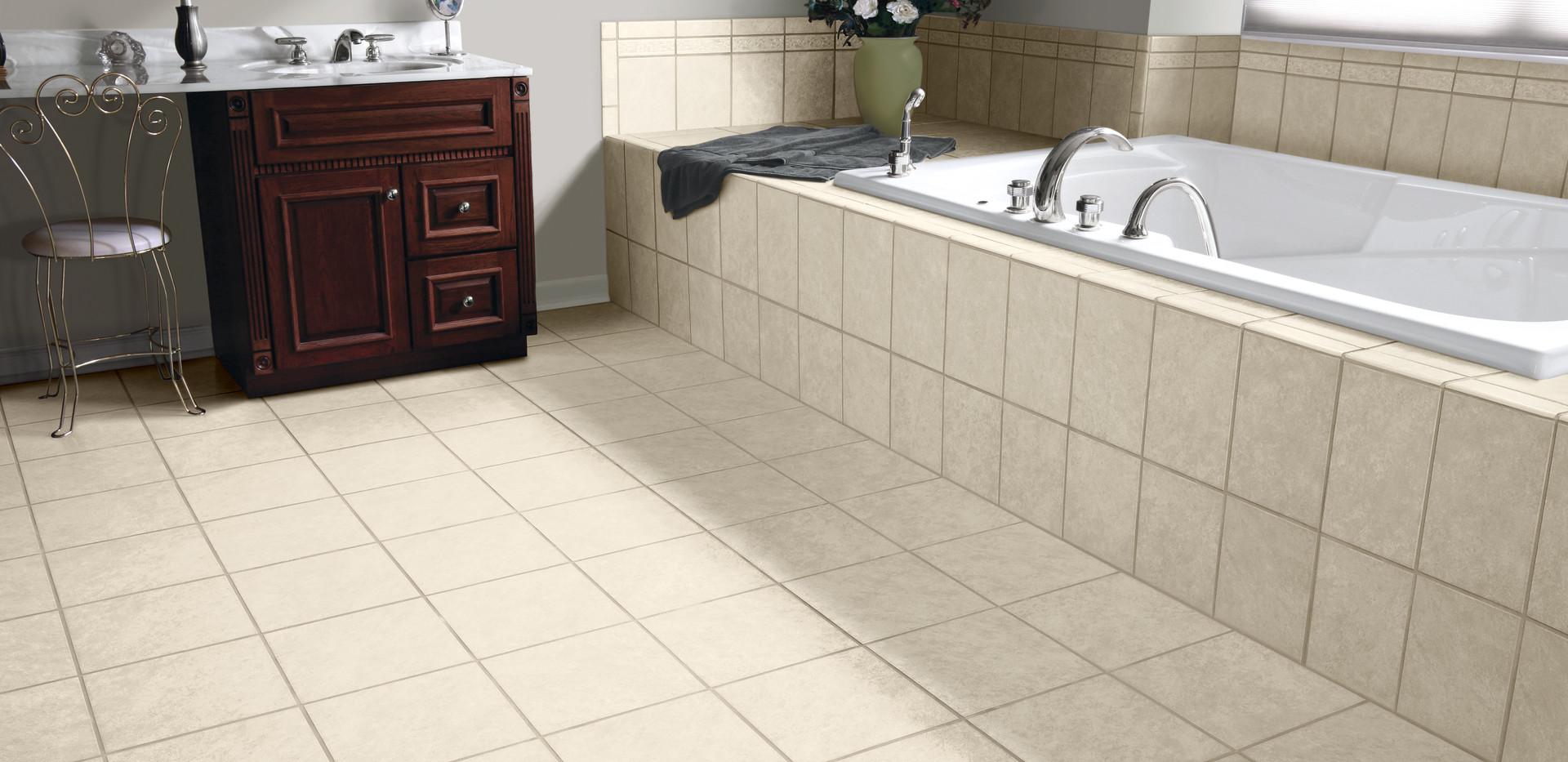Savannah_Bathroom_FTI24301_10x13_12x12_F