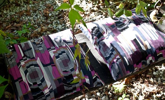 Seidenkissen Einzelstücke mit pinken Printmotiven