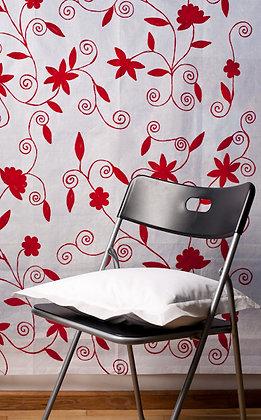 Weiße Ari Gardine mit roter Stickerei