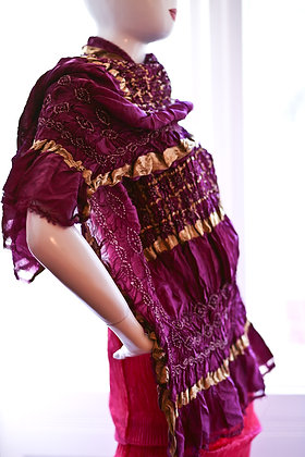 Violettes Seidentuch mit Metallfäden & Tie -Dye