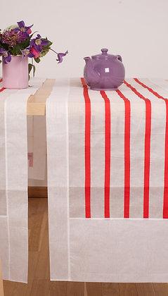 Weißer Tischläufer mit  roten Streifen