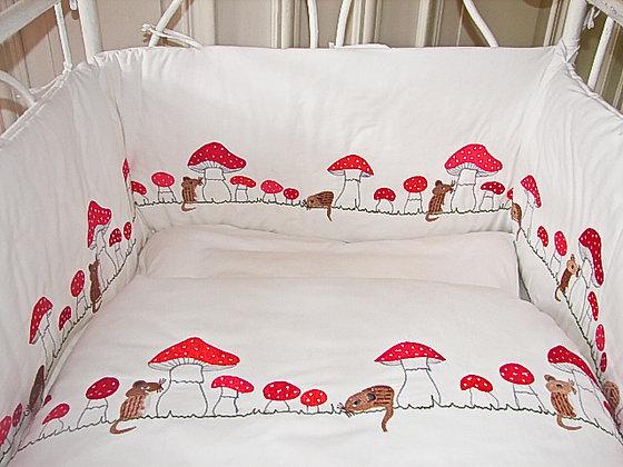 Bettwäsche mit best.Mäusen und Pilzen Kleinkind
