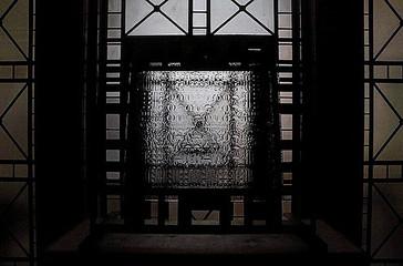 NOMA GLASS EXTRAVAGANZA — binary texture