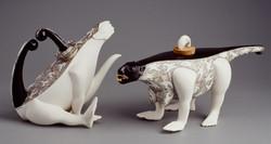 042. The games of Chameleons (teapots) (2002)