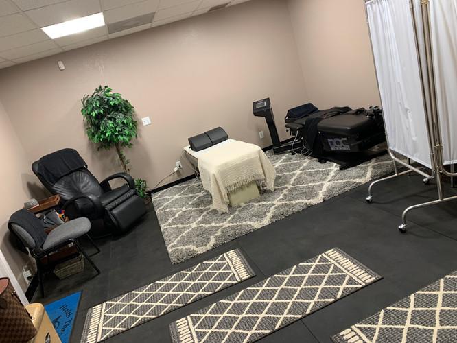 Decompression treatment area