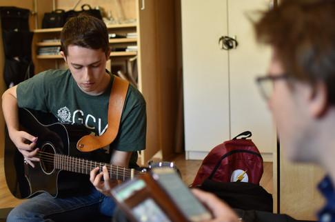 Copy of guitar.jpg