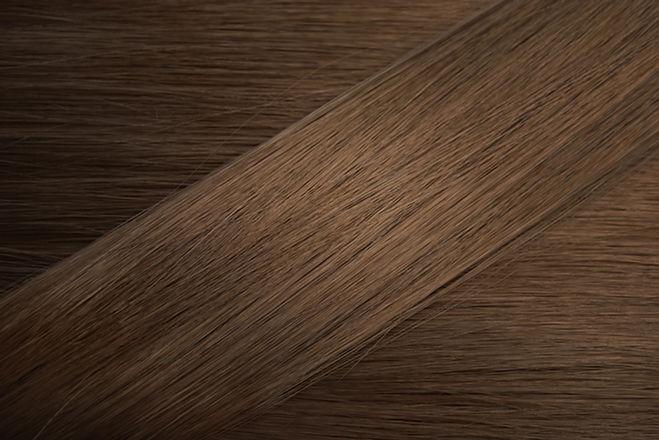 Moyen Cheveux bruns Échantillon