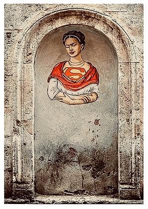 SuperFridaKahlo, Rom