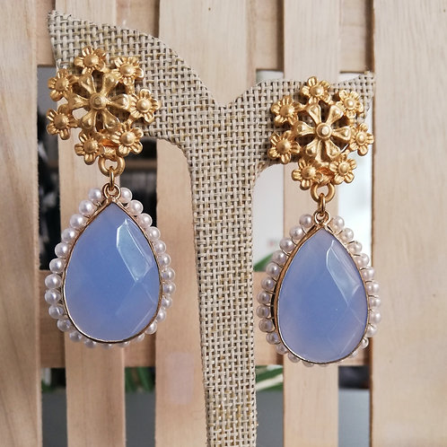 Blue & Pearls Spring