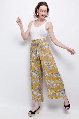 Loose-fitting printed trousers