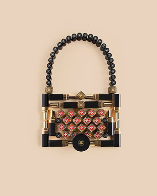 012_Chanel_Beauty_ICONS_Bag_RGB.jpg