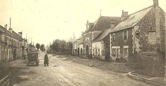 photo ancienne - avenue de la gare noyan