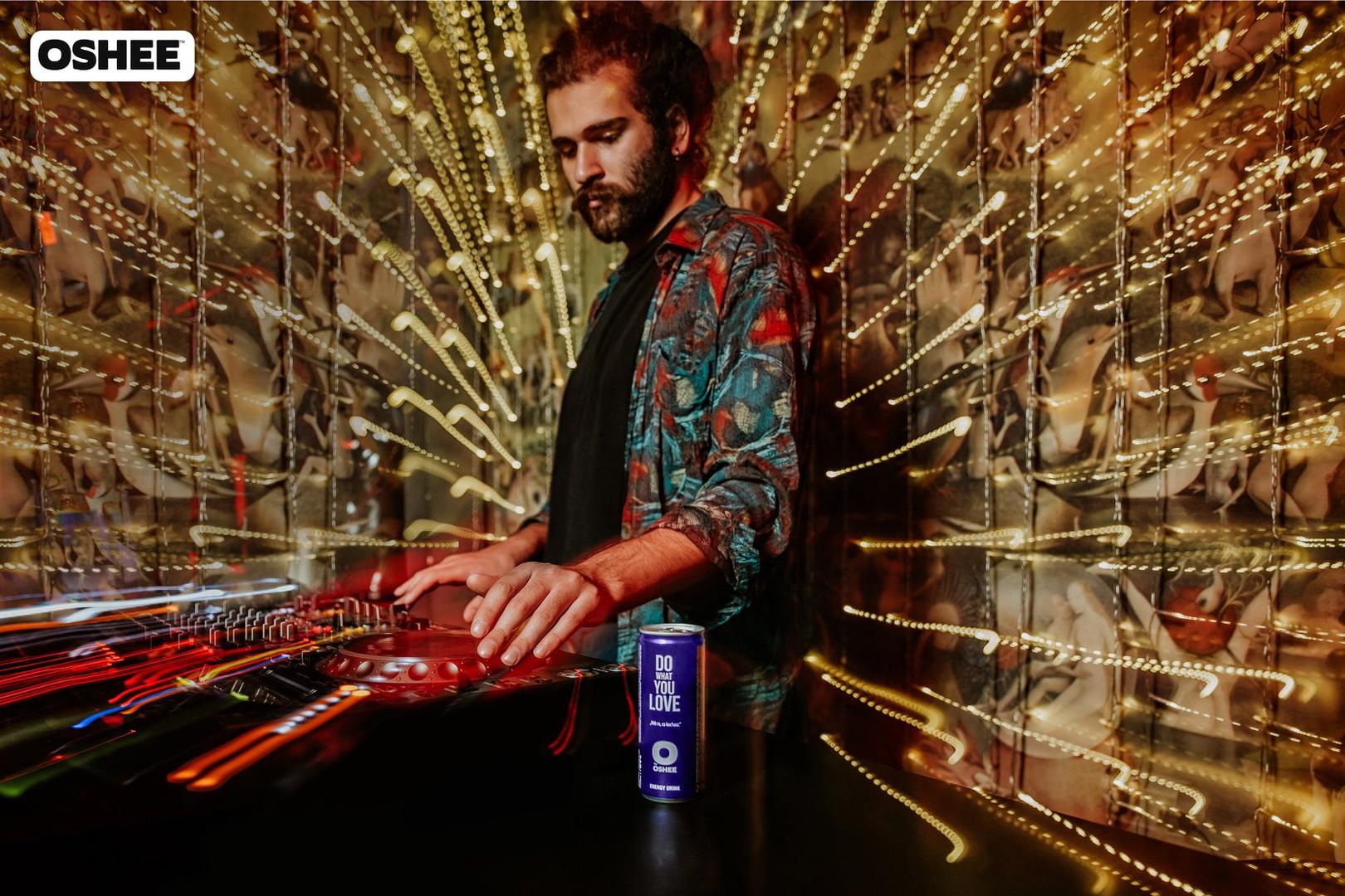 dj at blow bar