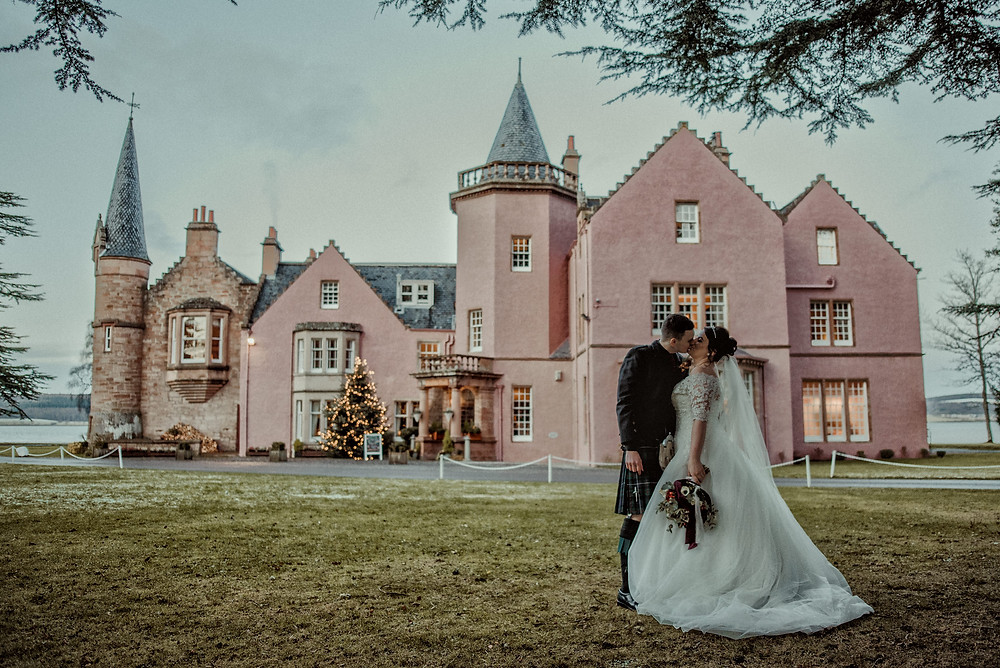 Bunchrew House, wedding photos, Karol Makula Photography, wedding photographer Edinburgh, Glasgow, Scotland, Inverness