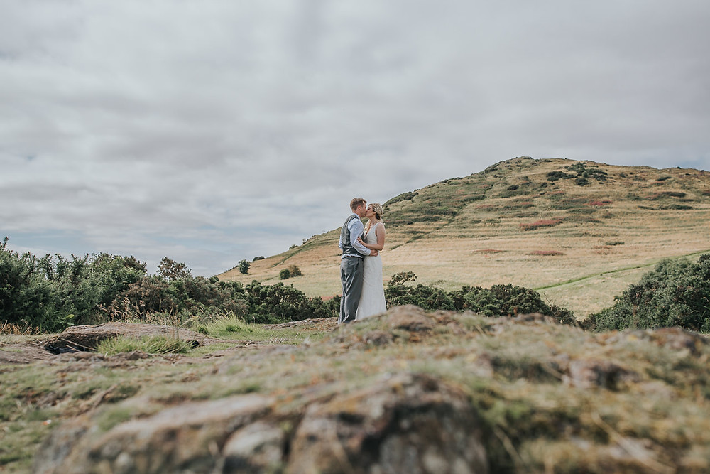 elopement, Saint Anthony's Chapel Ruins, Edinburgh, Scotland, Arthur's Seat, Portobello beach, Karol Makula Photography