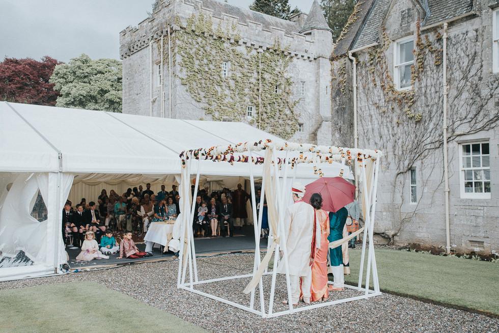 Duntreath Castle, wedding photos, wedding photographer, Blanefield, Glasgow, Scotland, Karol Makula Photography-44.jpg