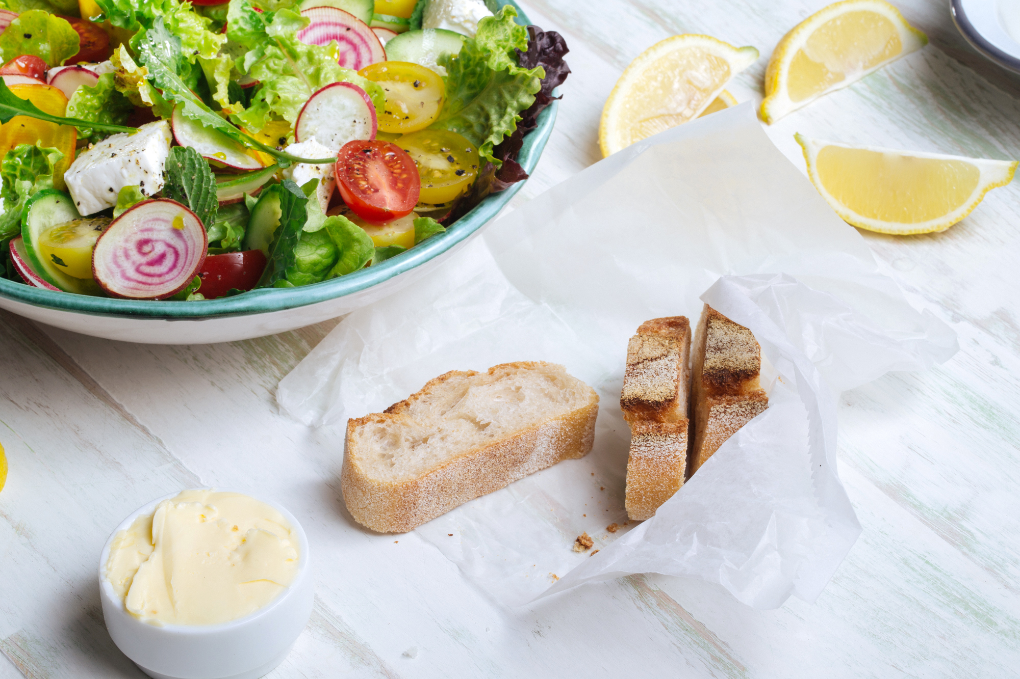 Fresh Salad & Bread