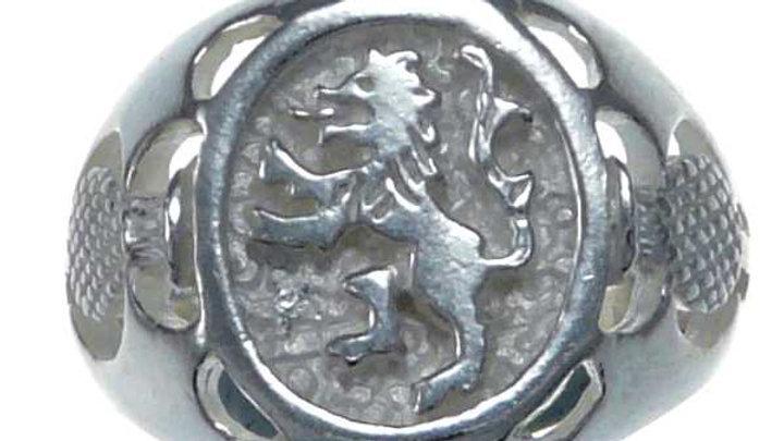 Kilted kin Lion Ring