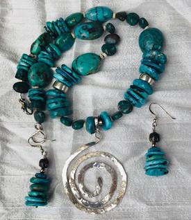 Tribal Necklace, Eardrops and Detachable Pendant