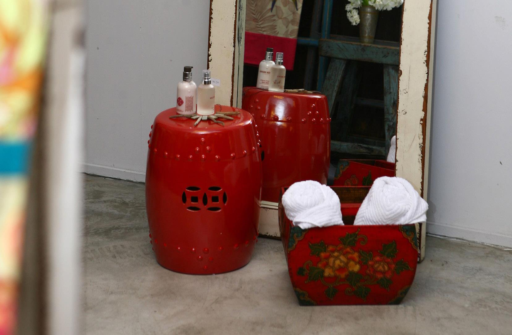 Ceramic Stool Red, Rice Measurement