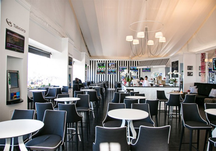 tabcorp-alfresco-cafe-700x490