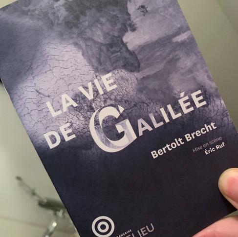 Ce soir, après la nuit des Molières. La vie de Galilée. COMÉDIE FRANÇAISE. Très grand moment !