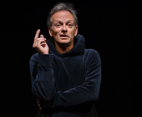 🅵🅵🅵🅵Point Cardinal. Lumineux au Théâtre de Belleville. NOUVEAUX HORAIRES