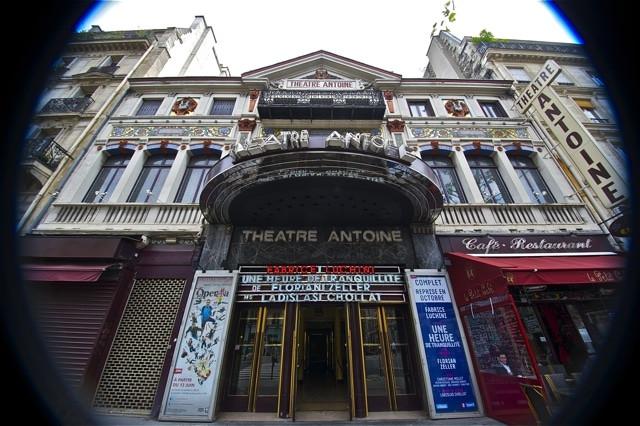 credit_gael_rebel_-_entree_du_theatre_an