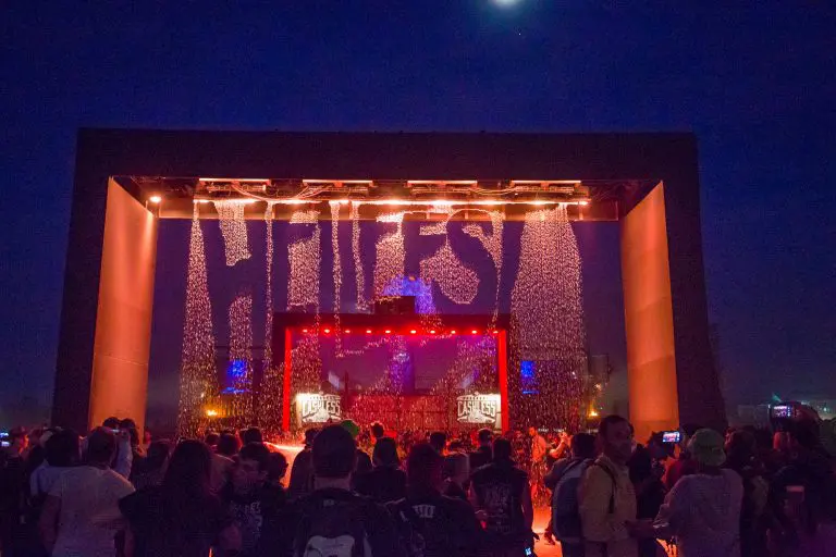 Affiche festival Hellfest
