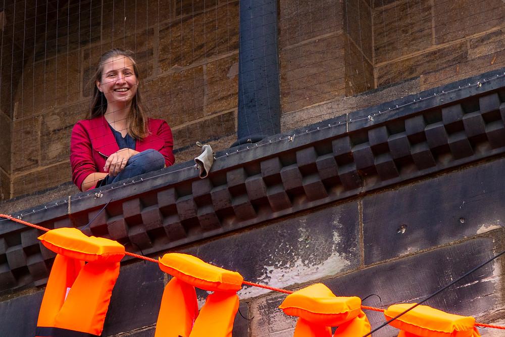 Dorina Diesing vom Vorstand der EJHB, auf dem Balkon des St.Petri Doms.