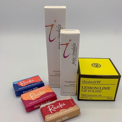 Lovely Lips: Makeup Box