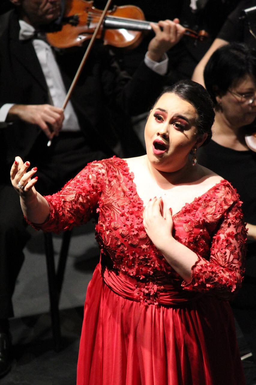María Herrada, soprano
