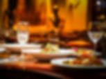 restaurant-assiettes-verres.jpg