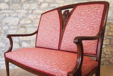 Canapé aux motifs de style art nouveau