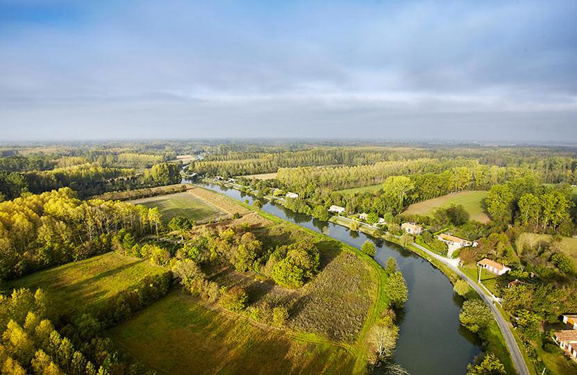 Vue aérienne sur le Marais Poitevin