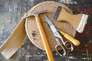 Les outils du tapissier d'ameublement