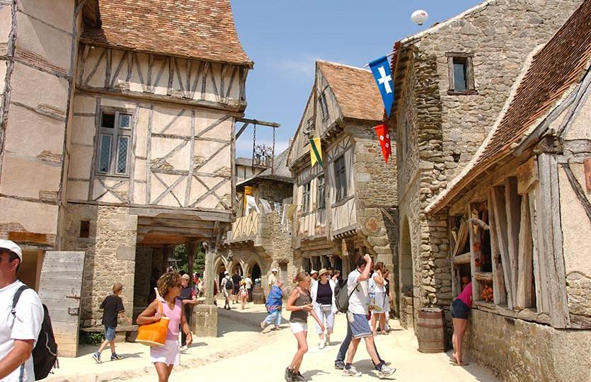 La cité médiévale du Puy du Fou