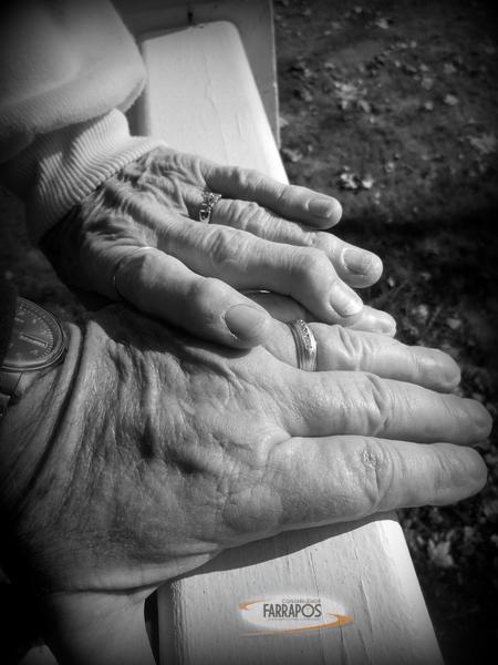 Post Farrapos Grandparents.jpg