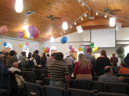 Balloons in church 003.JPG