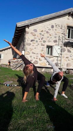 Yoga et fitness en pleine nature