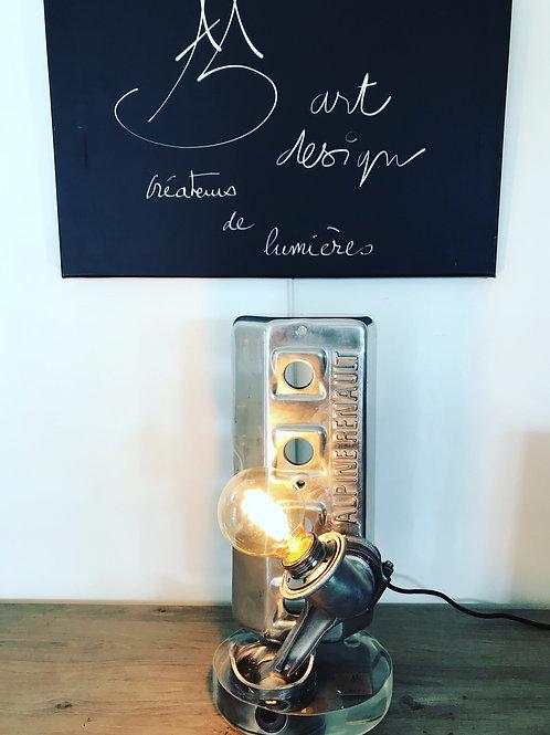 LAMPE DE BUREAU ALPINE RENAULT