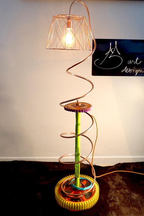 LAMPE SUR PIED TORTILLON