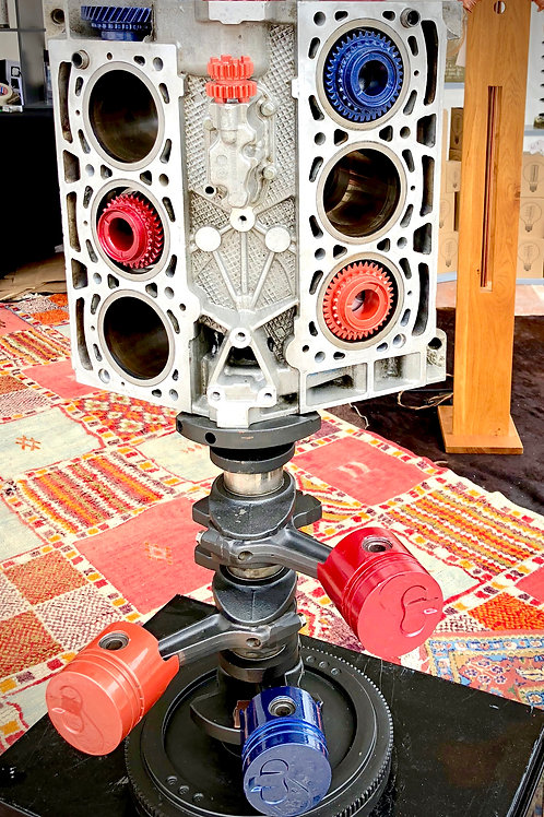 Sculpture bloc moteur V6