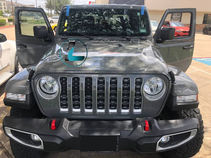 silver 2020 jeep gladiator.jpg